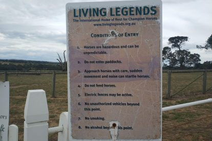 living legends-07