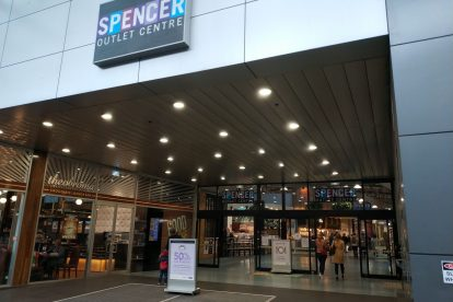 Spencer Outlet Centre 03