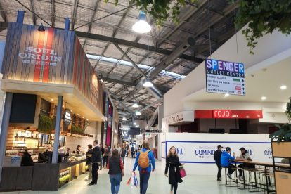 Spencer Outlet Centre 06
