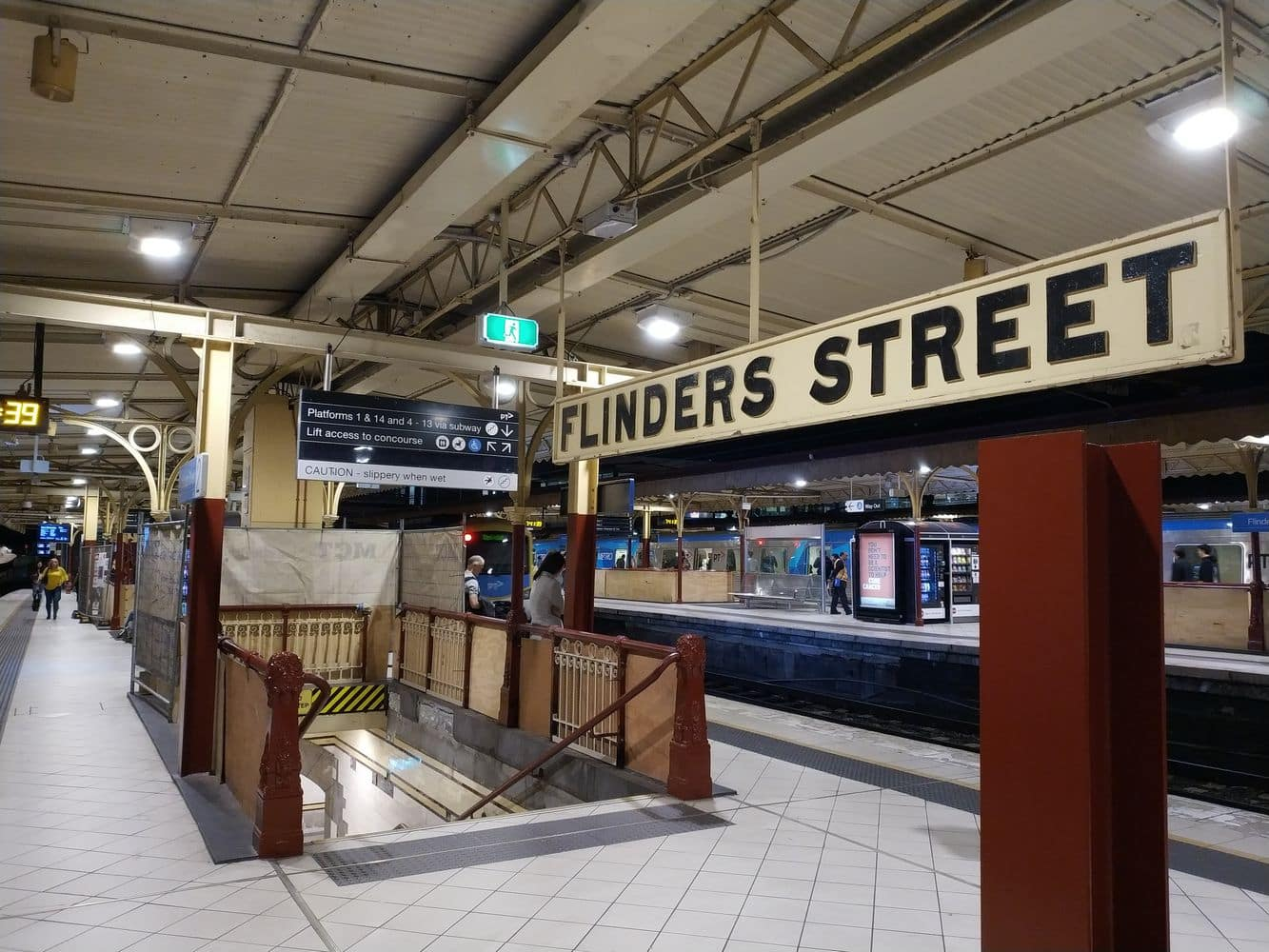 Flinders Street Railway Station 02