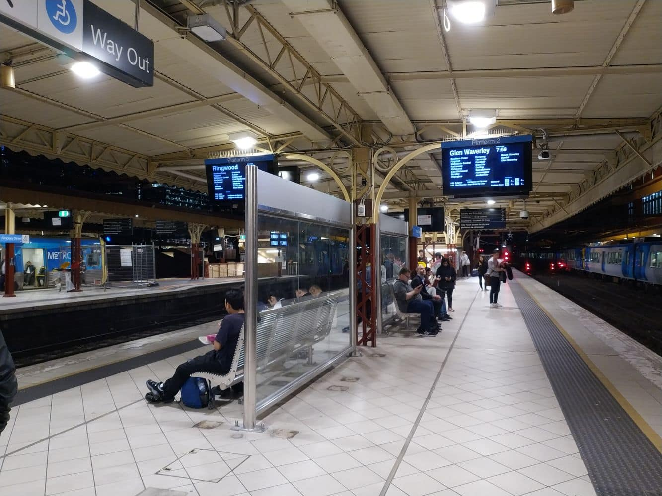 Flinders Street Railway Station 03