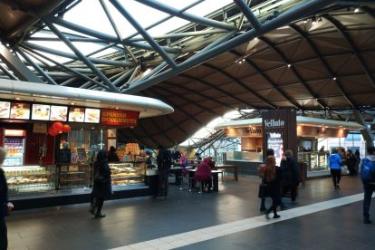 southern cross station 10